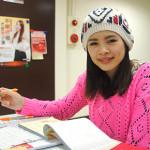 語婕第一次參與公益,就至陽光擔任義賣客服志工
